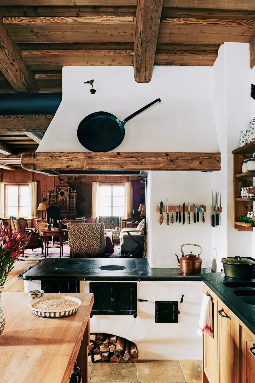 Holzkochherd gemauert und verputzt